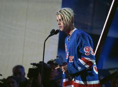 """Justin Bieber isn't sorry for his new hairstyle. The popstar defended his decision to get dreadlocks backstage at the iHeartRadio Music Awards Sunday night after people accused him of cultural appropriation. ustin Bieber defended his decision to get dreadlocks amid a cultural appropriation controversy on social media. """"[People say] you wanna be black and all …"""