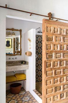 Bath Room Diy Remodel Ideas Light Fixtures 16 Ideas For 2019 Bathroom Doors, Bathroom Interior, Shower Bathroom, Vanity Bathroom, Bathroom Ideas, Budget Bathroom, Small Bathroom, Master Bathroom, Cosy Bathroom