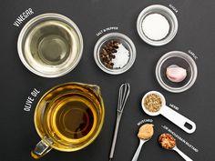 Make your own Homemade salad dressing! Types Of Vinegar, Poppy Seed Dressing, Flavored Oils, Steamed Vegetables, White Wine Vinegar, Fresh Ginger, Salad Dressing, I Foods, Cookware