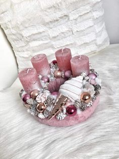 Christmas Advent Wreath, Pink Christmas Decorations, Christmas Candle, Christmas Art, Winter Christmas, Tree Decorations, Shabby Chic Ornaments, Vintage Ornaments, Shabby Vintage