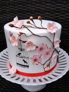 Bird and flowers cake