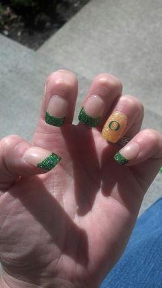 Oregon Ducks football nails