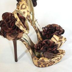 LILIANA ANIMAL PRINT ANKLE STRAP PUMPS HEELS SZ 6.5 FLOWER 5 INCH #LILIANA #AnkleStrap