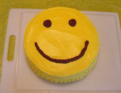 The most adorable (and very inexpensive) idea for a kid's birthday, a HAPPY FACE PARTY!