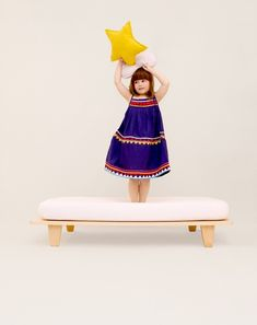 Lit junior en hêtre cm Naturel Mum and dad factory Design Childrens Bedroom Furniture, Childrens Beds, Kids Furniture, House Furniture, Cama Junior, Junior Bed, Futons, Cute Dress Outfits, Cute Dresses