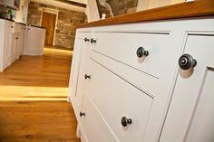 Bespoke kitchens, bedrooms, bathrooms and furniture. Welsh craftsmanship bringing your kitchen dreams to life. Bespoke Kitchens, Dining Area, Door Handles, Kitchen Design, Furniture, Home Decor, Homemade Home Decor, Cuisine Design, Home Furnishings