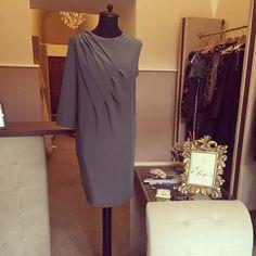 Fitting with a beauty Elen's woman Woman, Formal Dresses, Beauty, Fashion, Beleza, Moda, Formal Gowns, La Mode, Black Tie Dresses