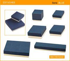 Estuche para joyeria fabricado en carton duro con papel color crema, con almohadillado universal.