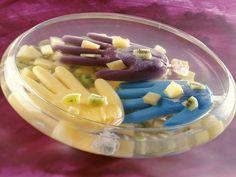 Fruchtbowle zu Halloween - Zeit: 15 Min. | eatsmarter.de