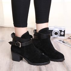 $28.28 (Buy here: https://alitems.com/g/1e8d114494ebda23ff8b16525dc3e8/?i=5&ulp=https%3A%2F%2Fwww.aliexpress.com%2Fitem%2Fwinter-women-shoes-vintage-Europe-star-fashion-Fur-women-high-heels-Ankle-boots-Snow-short-boots%2F32735368416.html ) winter women shoes vintage Europe star fashion Fur women high heels Ankle boots Snow short boots HSP57 for just $28.28