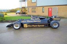 1983 Lotus 92 for sale Sports Car Racing, Race Cars, F1 Lotus, Vintage Cars, Vintage Auto, Nigel Mansell, Checkered Flag, First Car, Grand Prix