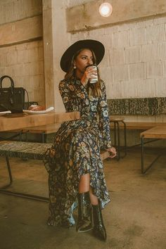 Look Boho, Bohemian Style, Boho Chic, Bohemian Gypsy, Hippie Chic, Boho Looks, Modern Hippie Style, Casual Chic, Fall Winter Outfits