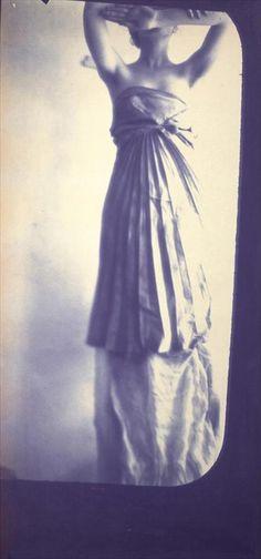 Francesca Woodman, Caryatid, New York, 1980  © George and Betty Woodman; Courtesy of San Francisco Museum of Modern Art