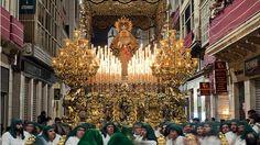Una fiesta tradicional como la semana santa se podría trabajar con esta imagen en la que aparece la semana santa de Málaga.