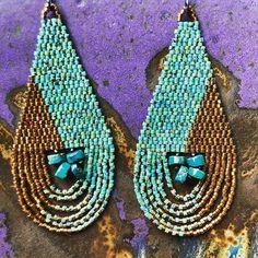 #beadwork #seedbeads #turquoisejewelry #miyukidelica #brickstitch #tapestrybeading