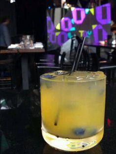 Mango Pez (Rum, mango juice, prosecco) or rum/frozen mangos/white lambrusco? Rum Cocktail Recipes, Drinks Alcohol Recipes, Cocktail Drinks, Cocktails, Cocktail Shaker, Rum Recipes, Cocktail Ideas, Summer Drinks, Fun Drinks