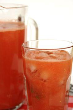 Água fresca de melancia e framboesas