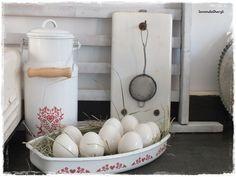 Vintage Krüge - ♥ vintage,hübsche Wandhalterung Fliese ♥ - ein Designerstück von lavendelherzl bei DaWanda