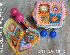 Crochet pattern PURSE 'petite square' by ATERGcrochet – Granny Square Crochet Wallet, Crochet Coin Purse, Crochet Purses, Crochet Hooks, Crochet Purse Patterns, Pdf Patterns, Doll Patterns, Crochet Handbags, Tapestry Crochet