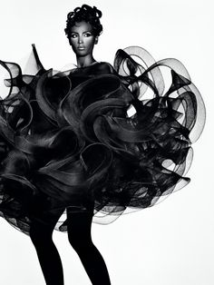 PEM | FUTURE BEAUTY: AVANT-GARDE JAPANESE FASHION « Press