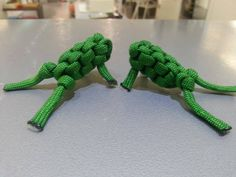 "On my ""TO MAKE"" list - because I LOVE froggies very much and these are just too cute!! The Para Frog by Everaert Kris"