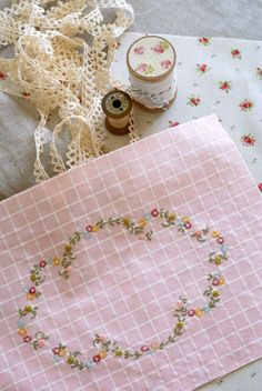 oh so pretty!  Embroidery  by nanaCompany using a pattern by  embroidery. Link in post.