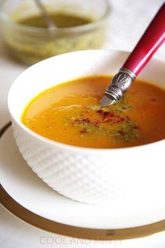 Sezon dyniowy w pełnym rozkwicie więc i u mnie nie mogło zabraknąć przepisu na pomarańczową, pyszną i aksamitną zupę. Jak zwykle użyła...
