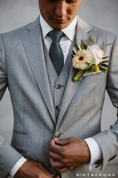 Gray wedding suit by Rietbergh wedding suits Gray wedding suit tailored by Rietbergh . Light Grey Suits Wedding, Grey Tux Wedding, Wedding Men, Wedding Groom, Wedding Attire, Wedding Pics, Rustic Wedding, Wedding Ideas, Rustic Groomsmen Attire