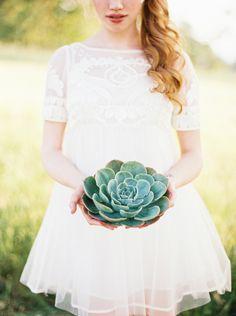 Magnolia Rouge Publication: Simple Organic Wedding Ideas