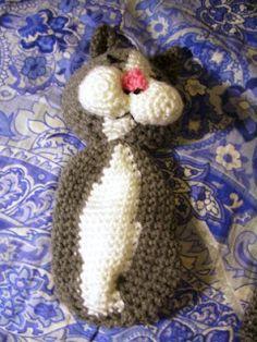 Ganchillo Parfait: Laid-Back Gato Amigurumi Halloween Crochet Patterns, Crochet Cat Pattern, Crochet Teddy, Crochet Patterns Amigurumi, Crochet Bear, Crochet Dolls, Crochet Heart Blanket, Crochet Scarf Easy, Animal Knitting Patterns