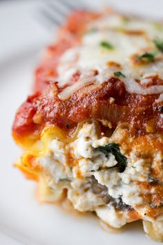 "Lasagna ""Wrap-Ups"" Stuffed with Sliced Portobellos, Herbed-Ricotta Cheese, Roasted Peppers and Spinach"