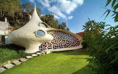 Wohnen wie in einem Schneckenhaus: Die #CasaNautilus bietet ökologische Architektur in Reinform. #FaszinierendeBauwerke #NachhaltigWohnen