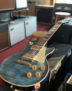Gibson Les Paul Traditional Featuring a Bound Maple Top with an Ocean Blue Finish. Gibson Les Paul, Electric Guitars, Instruments, Blues, Handsome, Ocean, Traditional, Sport, Nice