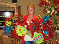 Wreath Party - @Christine Martin - this would be a fun party to have! All of the mommies should get together and make festive wreaths!!