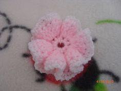 Crochet Ruffle Flower Pattern : 1000+ images about Crochet: Flowers on Pinterest Crochet ...
