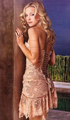 Get this dress on @Wheretoget or see more #dress #roberto_cavalli #kate_hudson #corset #lace #flowers #nude_beige_color