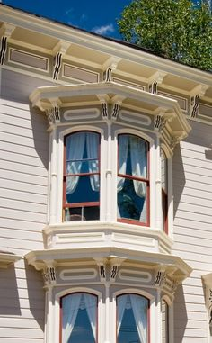 Cobb Mansion Bed and Breakfast | Travel | Vacation Ideas | Road Trip | Places to Visit | Virginia City | NV | Bed and Breakfast