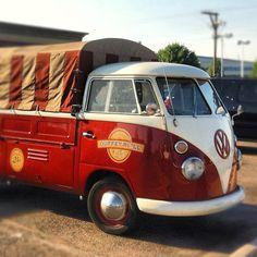 Cinnamon roll food truck in Denver. Duffeyrolls. Love the rebuilt VW!