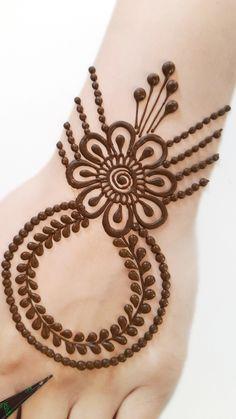 Circle Mehndi Designs, All Mehndi Design, Modern Henna Designs, Stylish Mehndi Designs, Mehndi Designs For Beginners, Mehndi Designs For Fingers, Mehndi Art Designs, Latest Mehndi Designs, Henna Tattoo Designs
