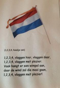 1,2,3,4 vlaggen hier, vlaggen daar Kings Day, The Old Days, School Days, Netherlands, Teaching, Education, Wooden Crafts, Crowns, Souvenir