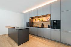 BIRRA kitchens Gray loft kitchen with high lit furniture and . Cabinet Design, Grey Kitchen, Farmhouse Style Kitchen, Kitchen Decor, Kitchen Remodel, Loft Kitchen, Grey Kitchens, Kitchen Design, Grey Kitchen Designs