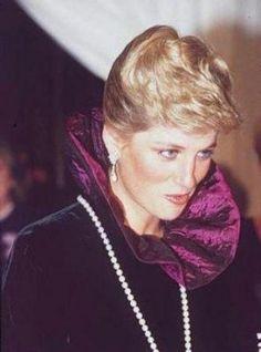 Princess Diana Arriving At A Charity Gala Evening On Behalf Of Birthright At Garrard, London, England. October 27, 1987