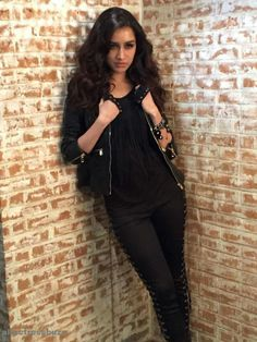 Shraddha Kapoor ( If you like than please follow )