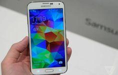 Uma pesquisa realizada na Europa revela que nos últimos meses, o iPhone perdeu 17% de seus usuários para o Galaxy S5 nos cinco maiores mercados do continente. Consumidores do Reino Unido, Alemanha, França, Itália e Espanha foram conquistados pelo lançamento da coreana e abandonaram seus celulares da