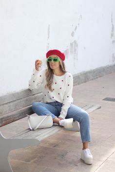 Claudia V. - De vuelta a las clases Fashion Boots, Sneakers Fashion, Girl Fashion, Wear To Class, Zara Boots, Zara Shirt, Back To School Outfits, Dream Dress, Textile Design