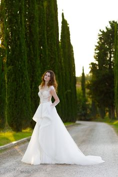 Pinella Passaro - Abiti da Sposa 2017 | Passaro Sposa | Vestiti da sposa Passaro