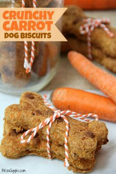 Carrot Dog Biscuits - Flavorful, crunchy homemade dog biscuits naturally sweetened with carrots and applesauce.Crunchy Carrot Dog Biscuits - Flavorful, crunchy homemade dog biscuits naturally sweetened with carrots and applesauce. Dog Cookie Recipes, Easy Dog Treat Recipes, Homemade Dog Cookies, Dog Biscuit Recipes, Homemade Dog Food, Healthy Dog Treats, Dog Food Recipes, Homemade Recipe, Doggie Treats