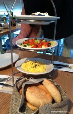 Israelisches Frühstück Neni am Naschmarkt 7,90