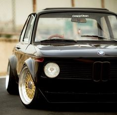 BMW e21 — utwo:   BMW 2002 © stancenation