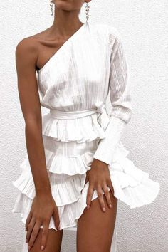 Loving The Petal Punch One Sleeve Dress In White. Buy Now With AfterPay! Loving The Petal Punch One Sleeve Dress In White. Buy Now With AfterPay! Cute Dresses, Casual Dresses, Fashion Dresses, Dresses With Sleeves, Dresses Dresses, Fall Dresses, Modest Fashion, Party Dresses, Dresses Online